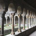 Claustro de la ex catedral de San Vicente, Roda de Isábena- G.M. Archivo del Gobierno de Aragón